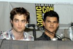 gallery_enlarged-new-moon-panel-comic-con-07242009-52