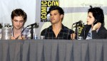 gallery_enlarged-new-moon-panel-comic-con-07242009-55