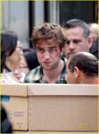 robert-pattinson-bloody-05