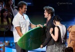 gallery_enlarged-2009-teen-choice-awards-show-08102009-01