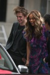 Robert Pattinson and Tyra Banks film scenes on the streets of New York
