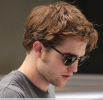 robert pattinson film set 160709