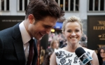 robert_pattinson_reese_witherspoon2