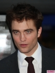 water-for-elephants-premiere-180411-435x580