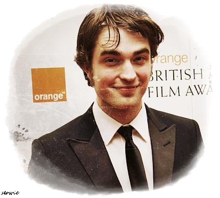 Robert Pattinson Smile on Robert Pattinson Smiles Gallery Pri