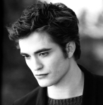 New-Moon-Still-HQ-edward-cullen-1543-2048