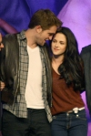 twilightconvention5thnov2011%20pattinsonlife%29%20%282%29