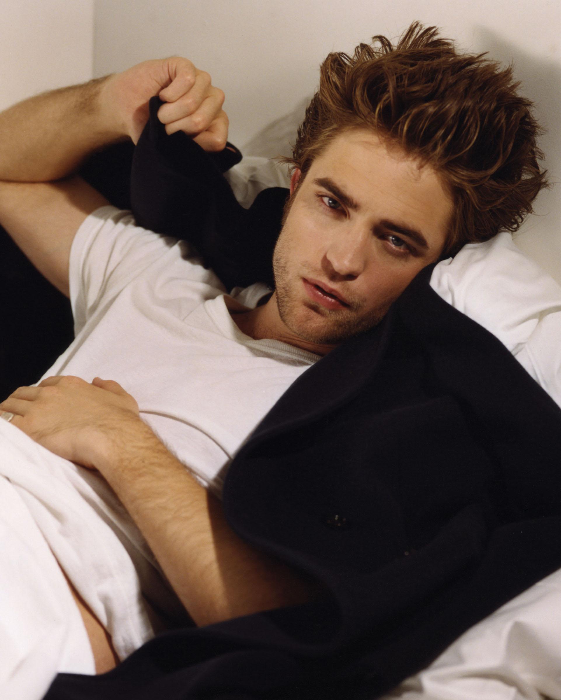 Robert Pattinson: Old Robert Pattinson Outtakes Now In HQ