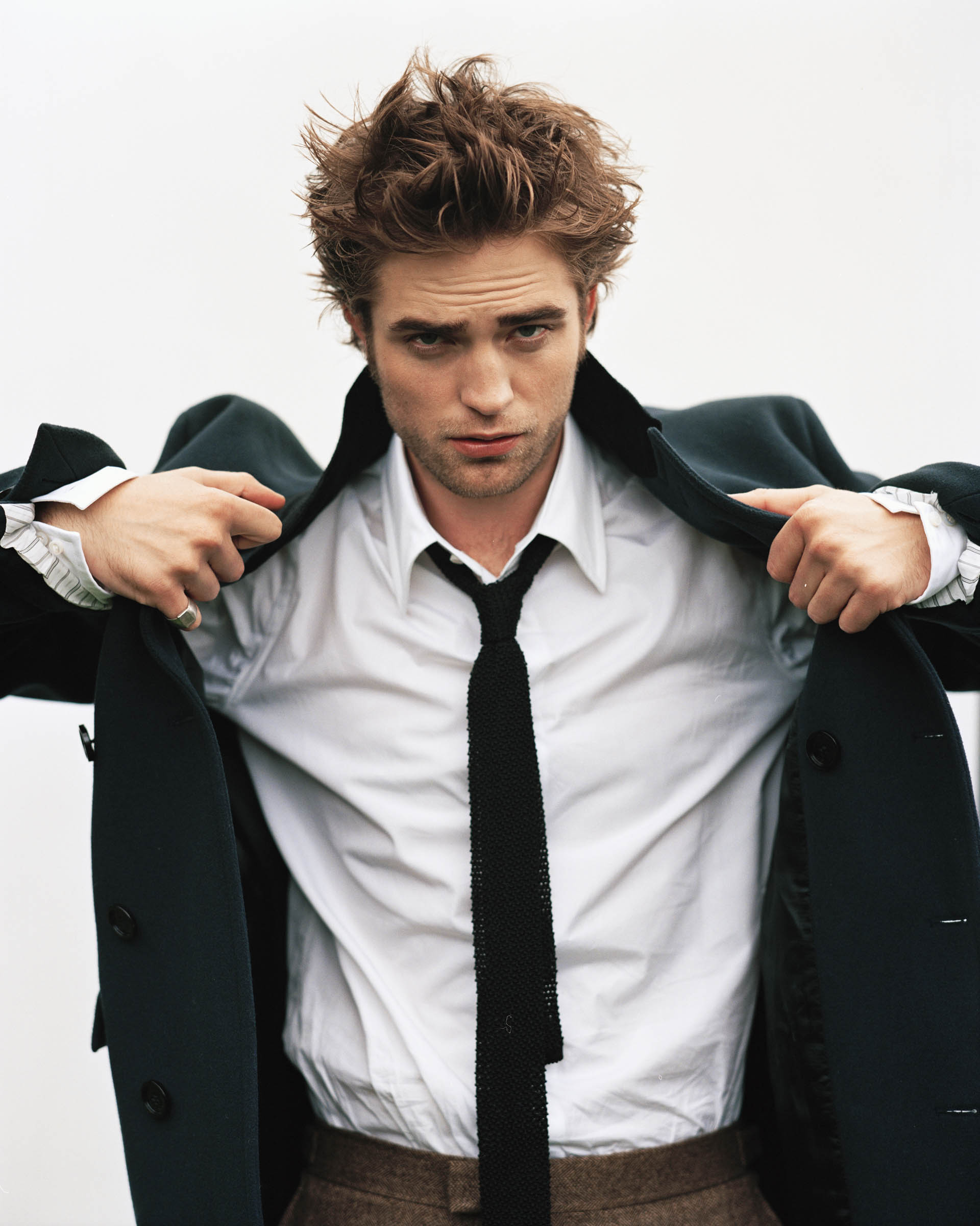 Old Robert Pattinson Outtakes Now In HQ