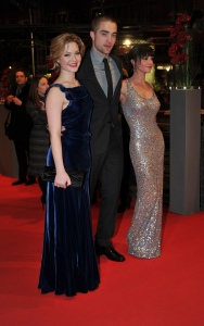 pattinsonliferedcarpetberlin2012 (2)