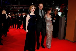 pattinsonliferedcarpetberlin2012 (4) (1)