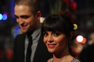 pattinsonliferedcarpetberlin2012 (9)