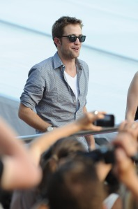LGJCANNES24052012PATTINSONLIFE (14)
