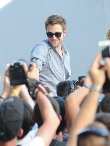 LGJCANNES24052012PATTINSONLIFE (8)