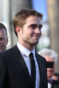 pattinsonlife-cannes2012- (12)