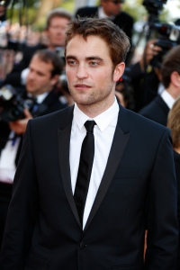 pattinsonlife-cannes2012- (20)