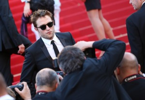 pattinsonlife-cannes2012- (6)