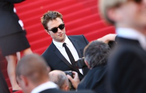 pattinsonlife-cannes2012- (7)
