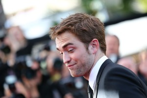 pattinsonlife-cannes2012- (70)