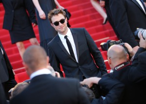 pattinsonlife-cannes2012- (8)