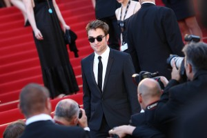 pattinsonlife-cannes2012- (9)