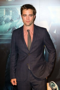 pattinsonlife-pariscosmopolis (10)