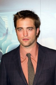 pattinsonlife-pariscosmopolis (15)