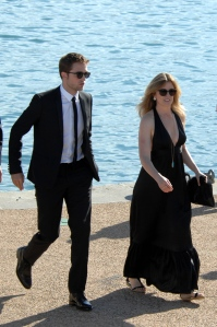 pattinsonlifecannes23052012 (3)