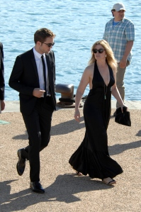 pattinsonlifecannes23052012 (4)