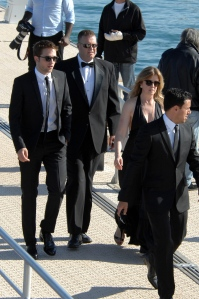 pattinsonlifecannes23052012 (6)