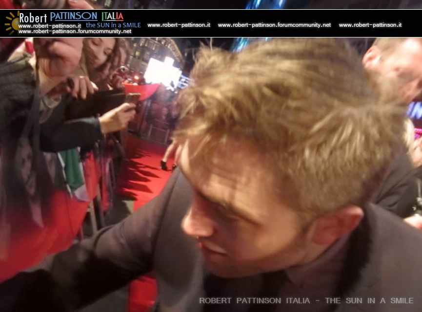 robert pattinson italia the sun in a smile photo london 14