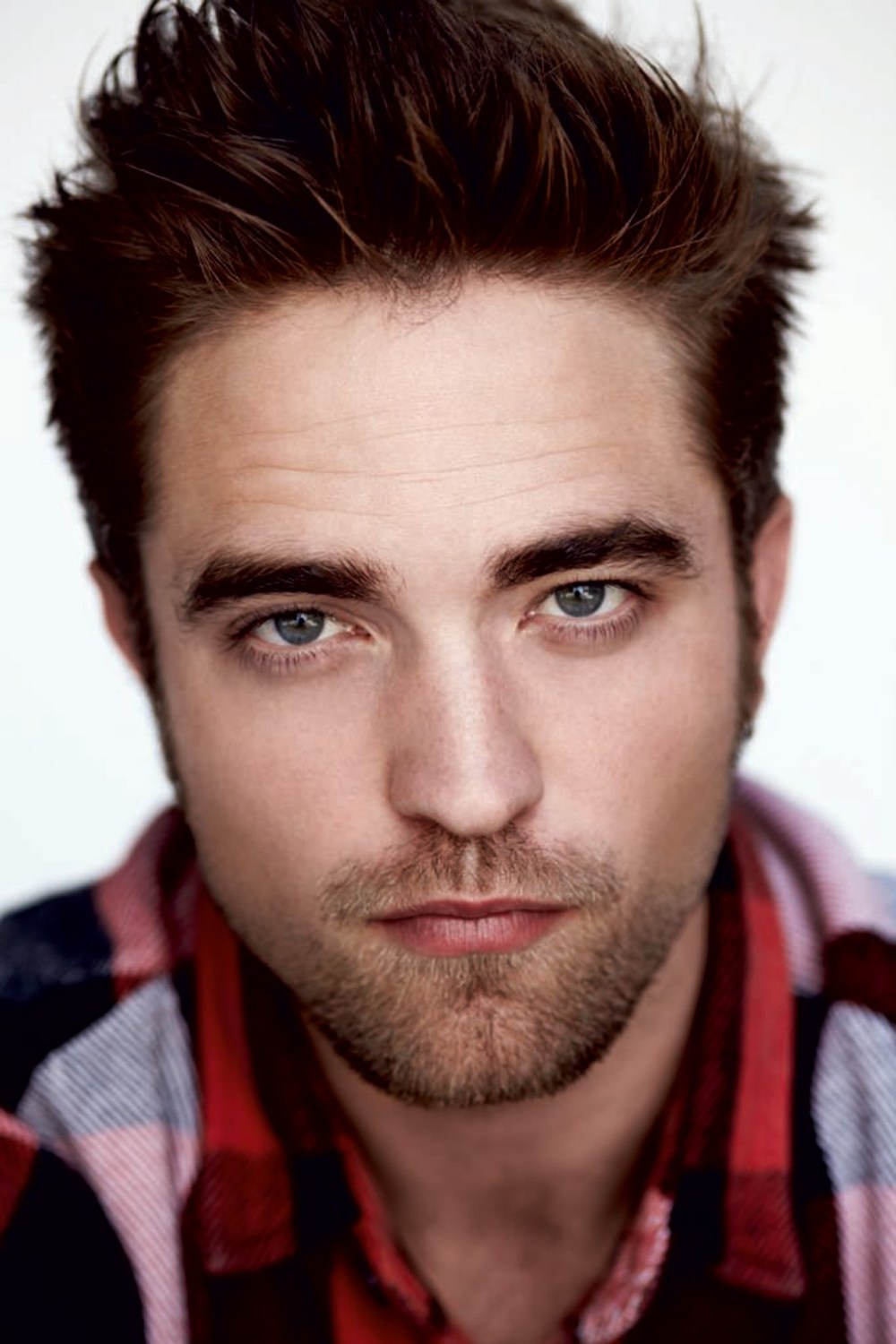 robert-pattinson-vogue-12jun13-pr_b