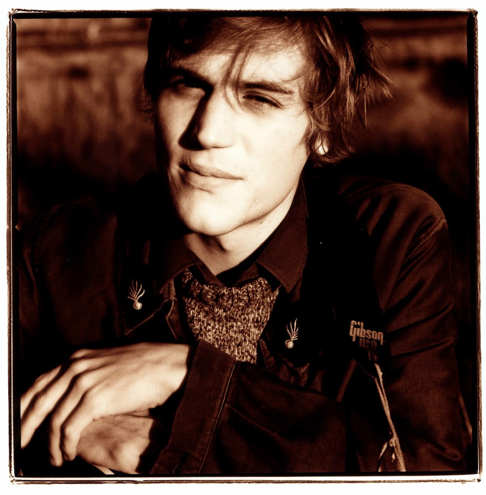 johnnyflynn021010-low-res