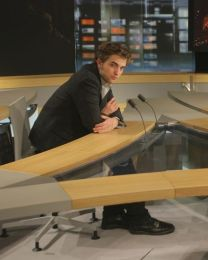 Robert-Pattinson-au-Journal-de-2-4-