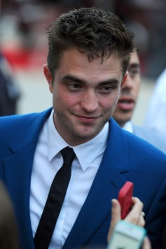 Robert Pattinson greets fans at the LA premiere of Rover!