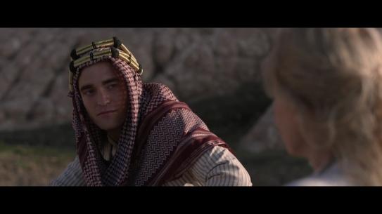 Exklusiv_ KÖNIGIN DER WÜSTE _ Trailer & Filmclip [HD] - YouTube (1080p).mp4_20150827_171503.993
