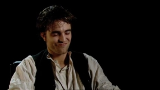 Robert Pattinson on Georges Duroy.mp4_20151026_083027.152