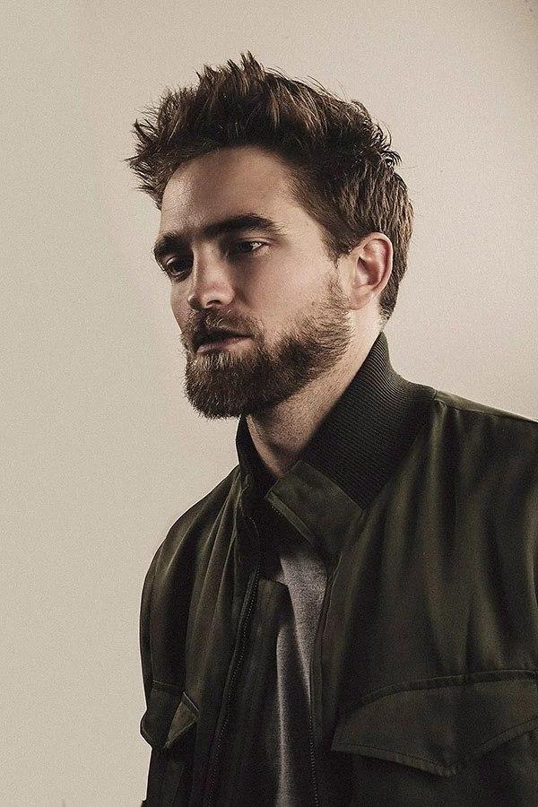 New photo of Robert Pa... Robert Pattinson